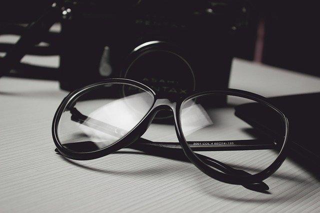 Okulary prywatnego detektywa z Poznania